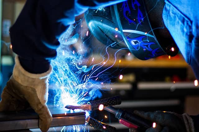 woman in welding
