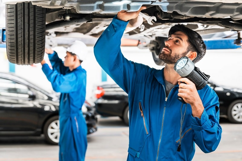 Automotive Engineering Technicians