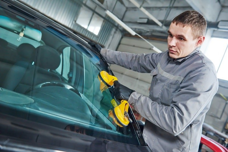 Auto Glass Technicians
