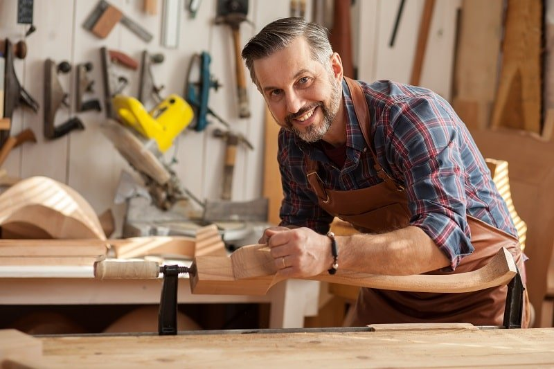 Cabinetmakers and Bench Carpenters