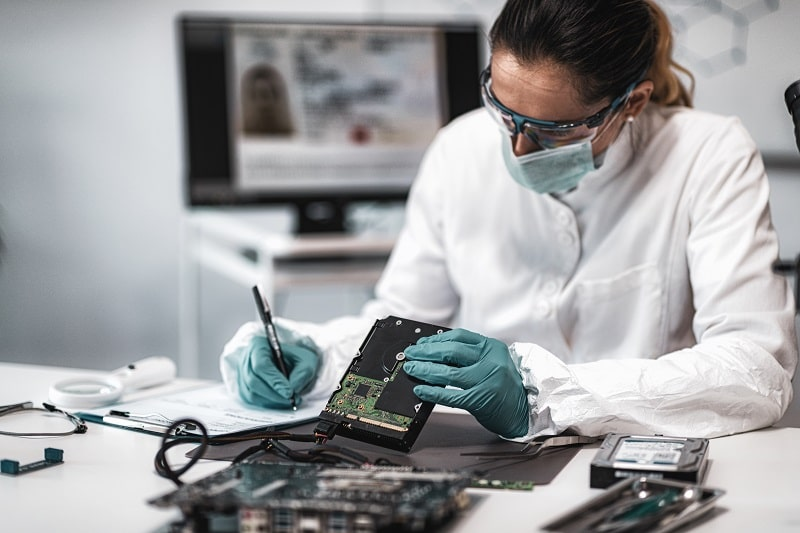What Can You Do With A Forensic Science Degree