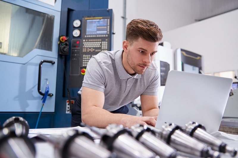 pros and cons of being a Computer Numerically Controlled Machine Tool Programmer, Metal and Plastic