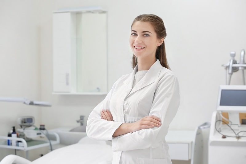 pros and cons of being a Dermatologist