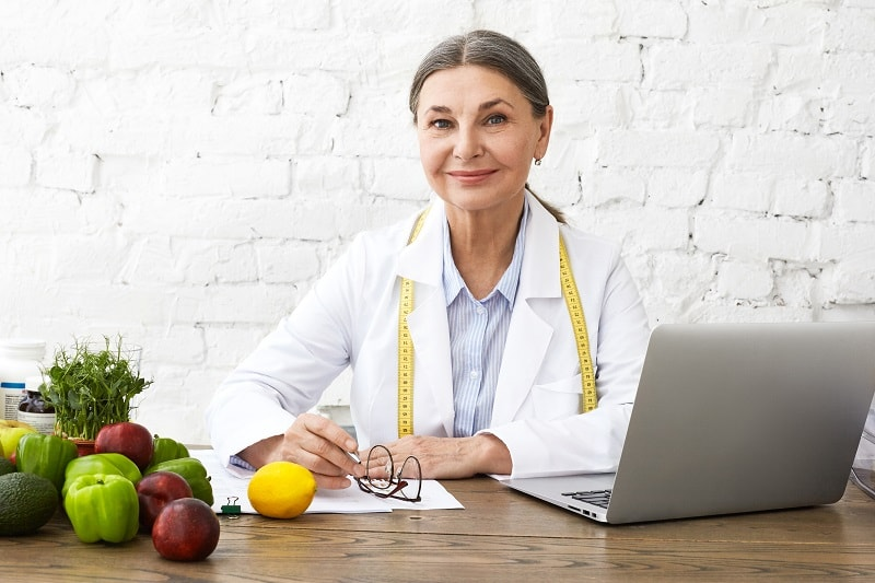 pros and cons of being a Dietetic Technician