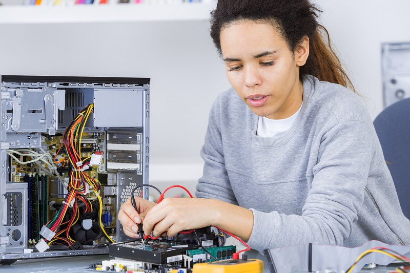 Electrical And Electronic Equipment Assemblers