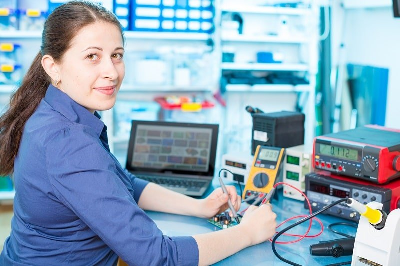 Electronics Engineering Technicians