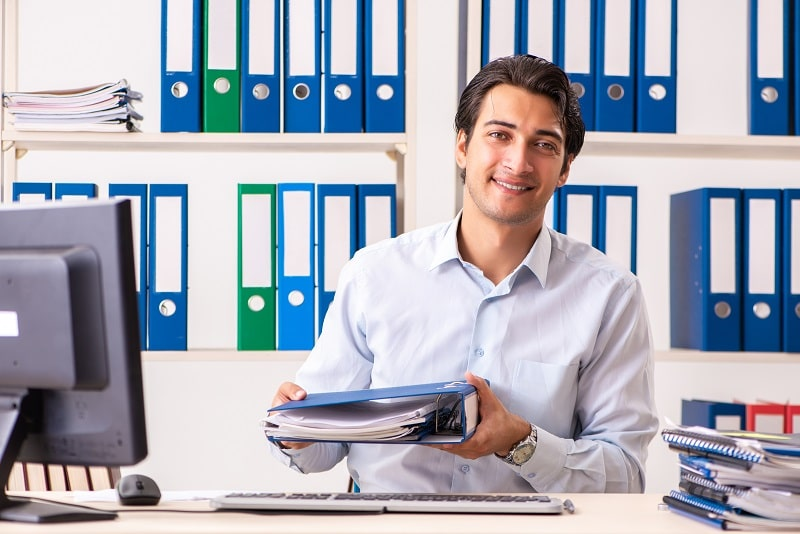 pros and cons of being a File Clerk