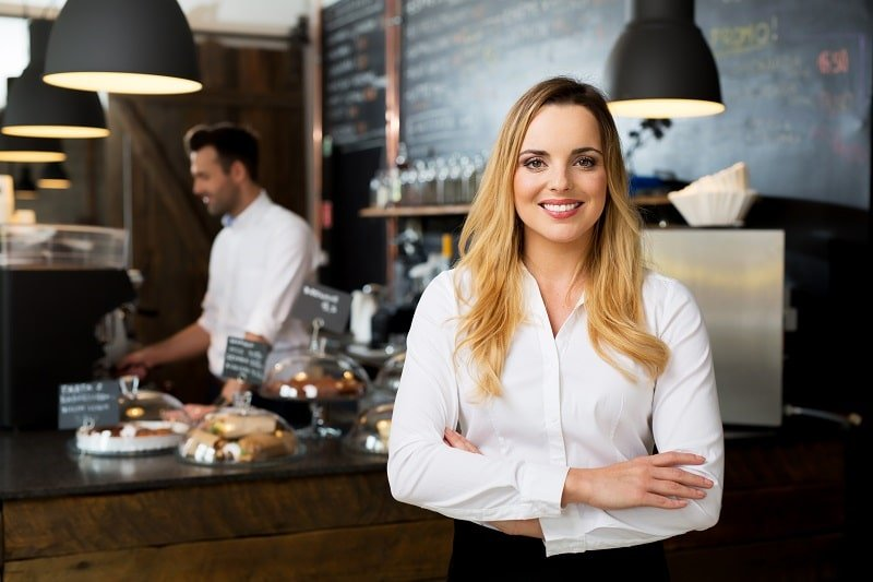 pros and cons of being a Food Service Manager