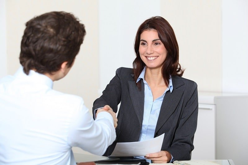pros and cons of being a Human Resources Specialist