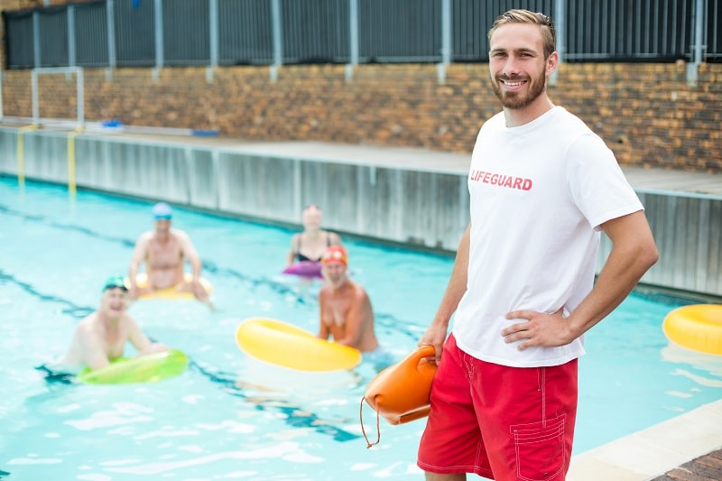 pros and cons of being a Lifeguard, Ski Patrol and Other Recreational Protective Service Worker