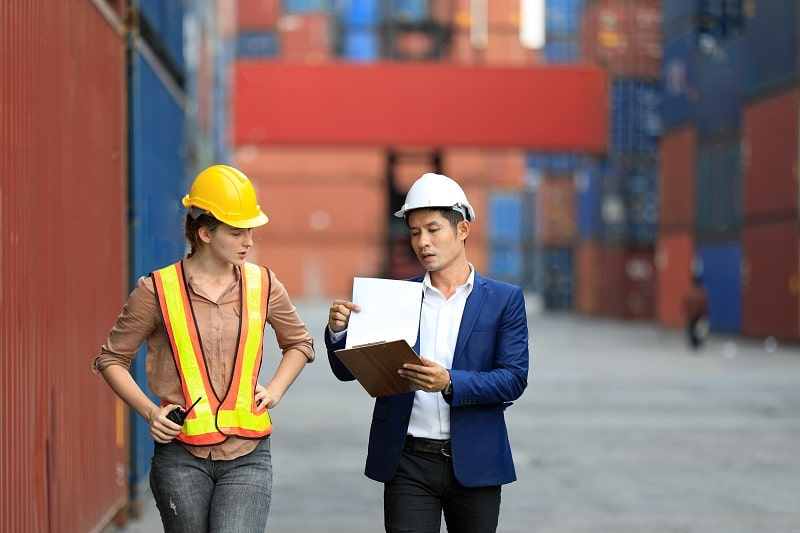 pros and cons of being a Logistics Engineer