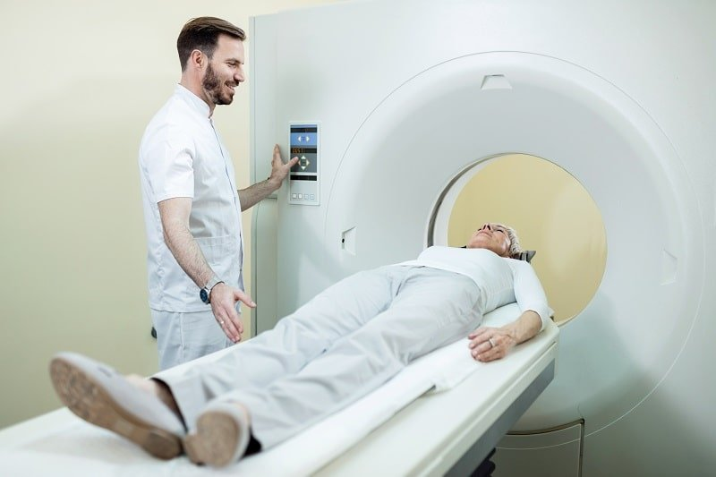 pros and cons of being a Magnetic Resonance Imaging Technologist