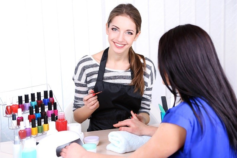 pros and cons of being a Manicurist and Pedicurist