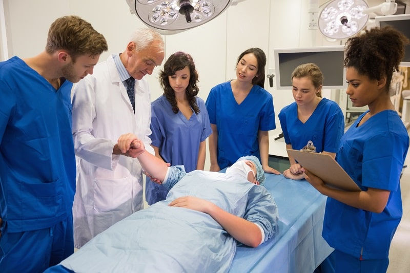 pros and cons of being a Postsecondary Nursing Instructors and Teacher
