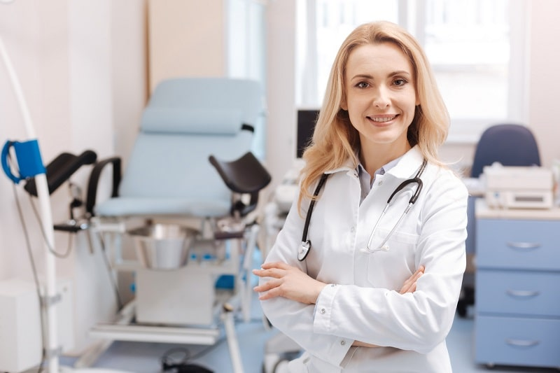 pros and cons of being an Obstetrician and Gynecologist
