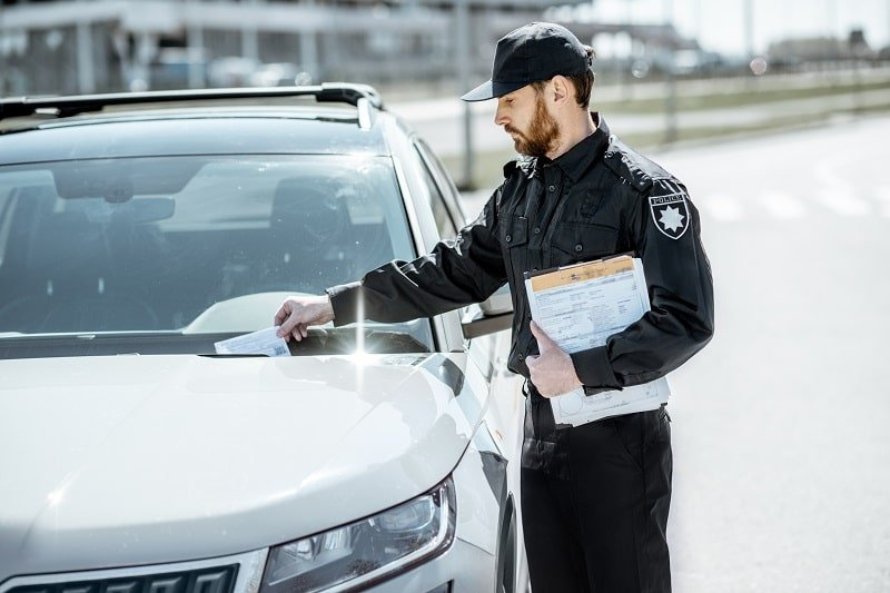pros and cons of being a Parking Enforcement Worker