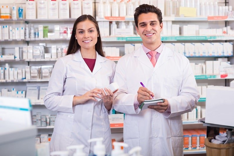 pros and cons of being a Pharmacy Technician