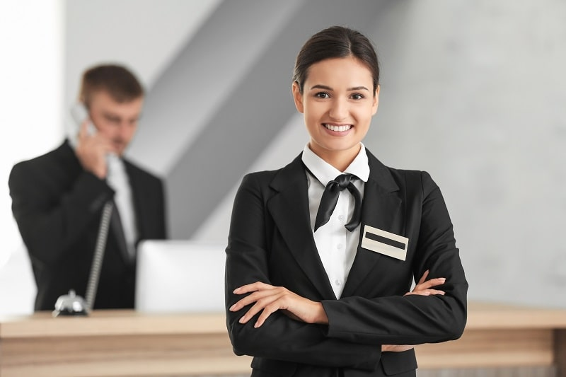 pros and cons of being a Receptionist and Information Clerk