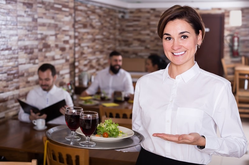 pros and cons of being a Waiter and Waitress